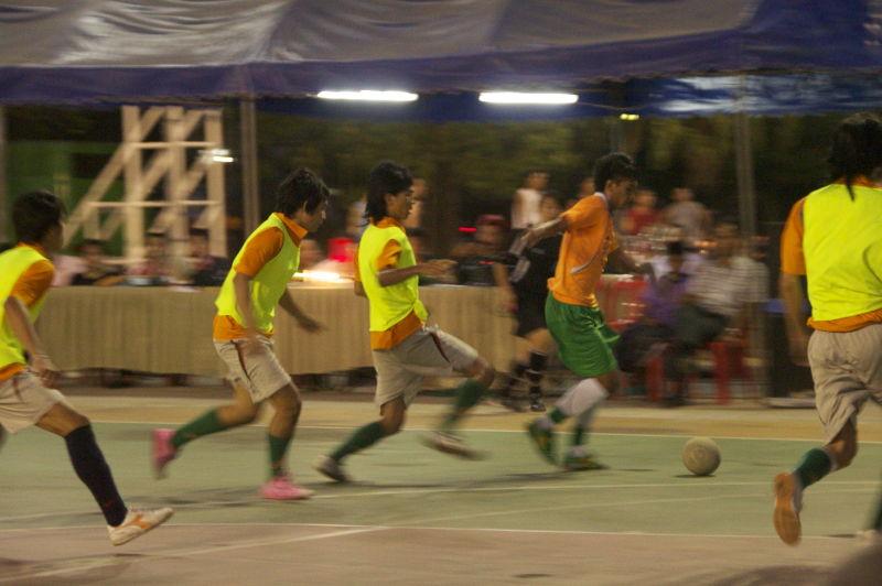 Th-ubon-football3