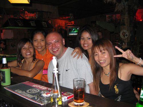 Th-chiangmai-bar2