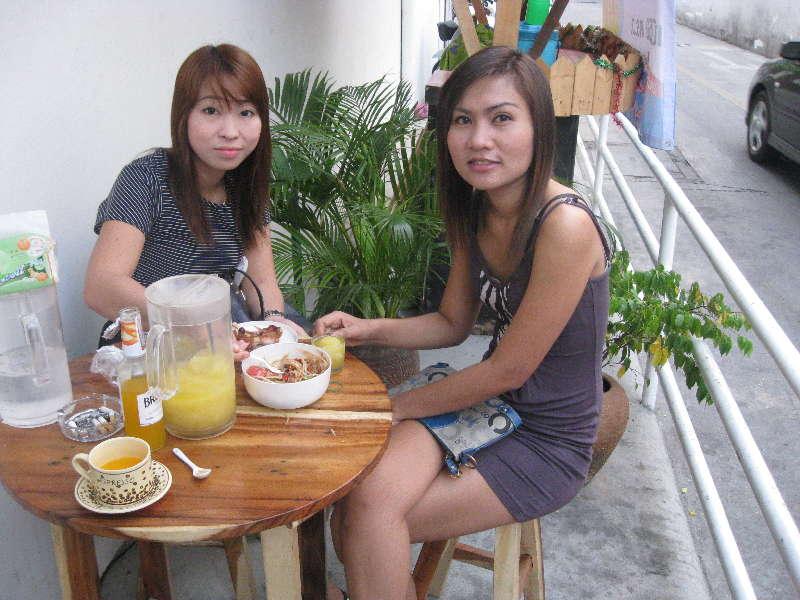 Bkk-coffee-soi22girls