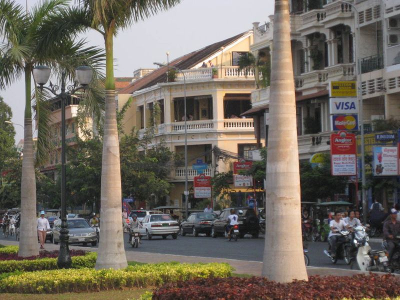 Blog-phnompenh-riverside-fcc