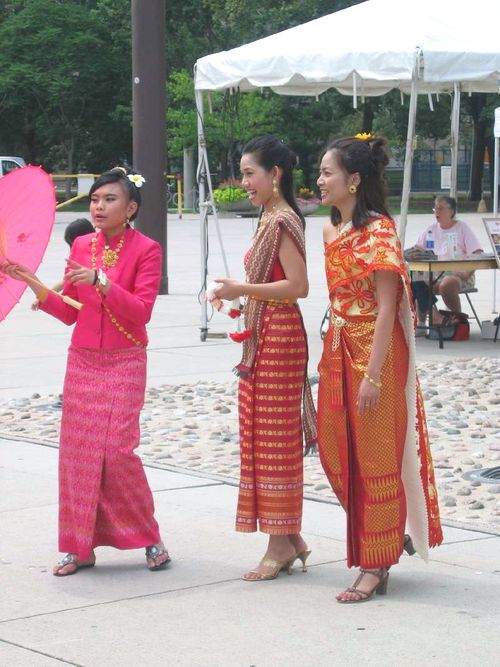 Tor-thai-festival09-2